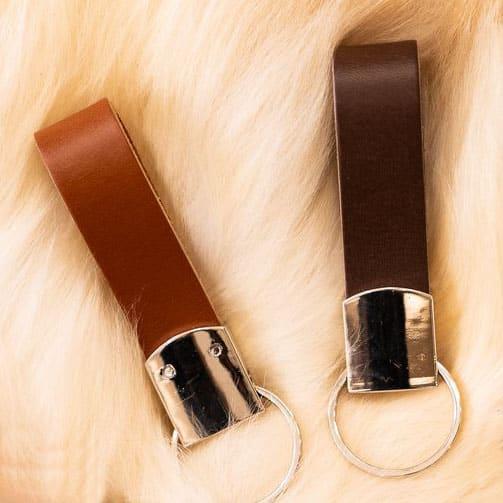 Donker bruin en licht bruine sleutelhanger