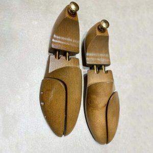 Schoenspanner hout luxe met koperen bol